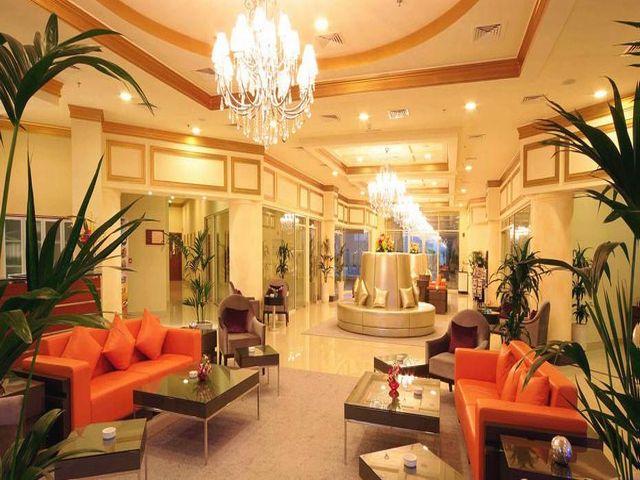 Acacia Hotel