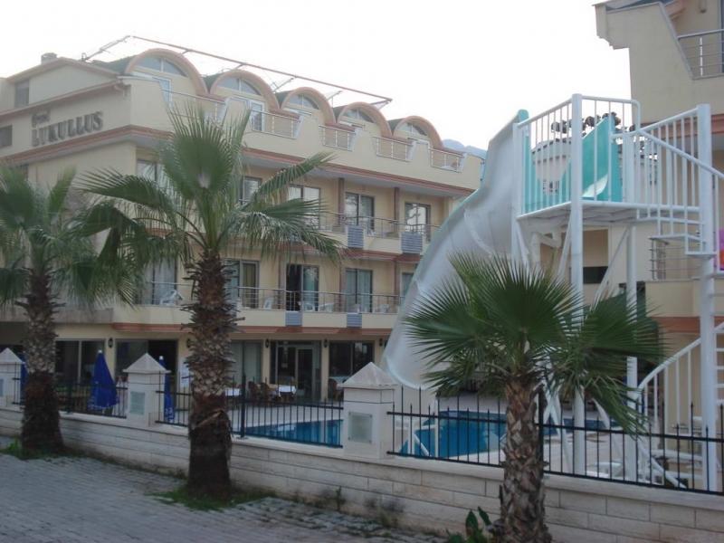 Botanik Grand Lukullus Hotel