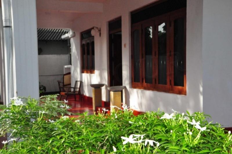 Polina Resort Hikkaduwa