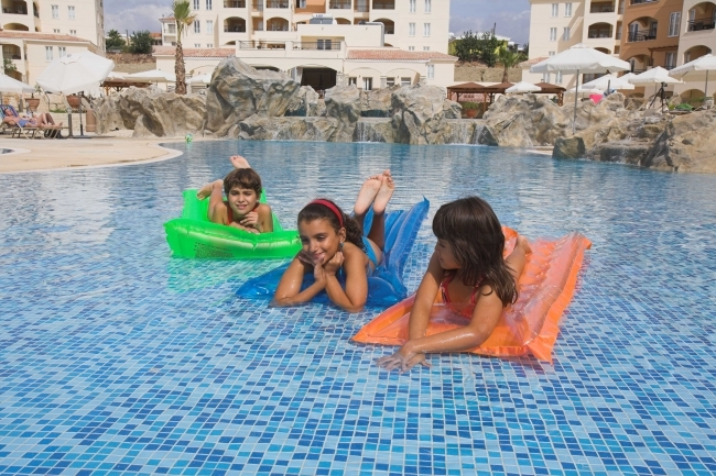 St Nicolas Elegant Residence - Holiday Deluxe Apartments