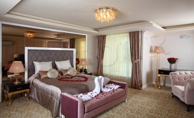 Royal Arena Hotel