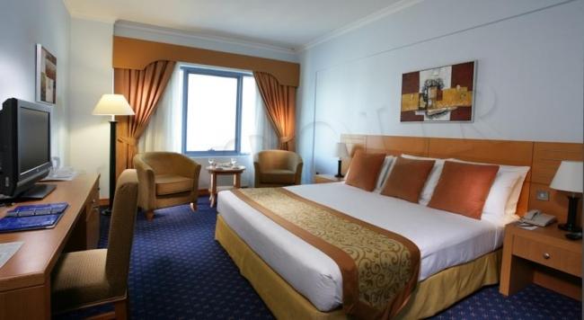 Nihal Palace Hotel (ex.Metropolitan Deira Hotel)