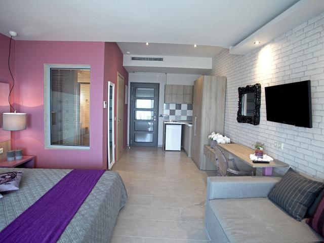 Flegra Beach Boutique Hotel Apartments